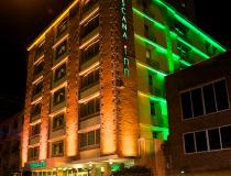 Melhor vista noturna do Hotel Toscana